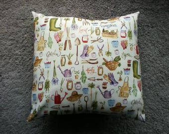 Garden print pillow cover