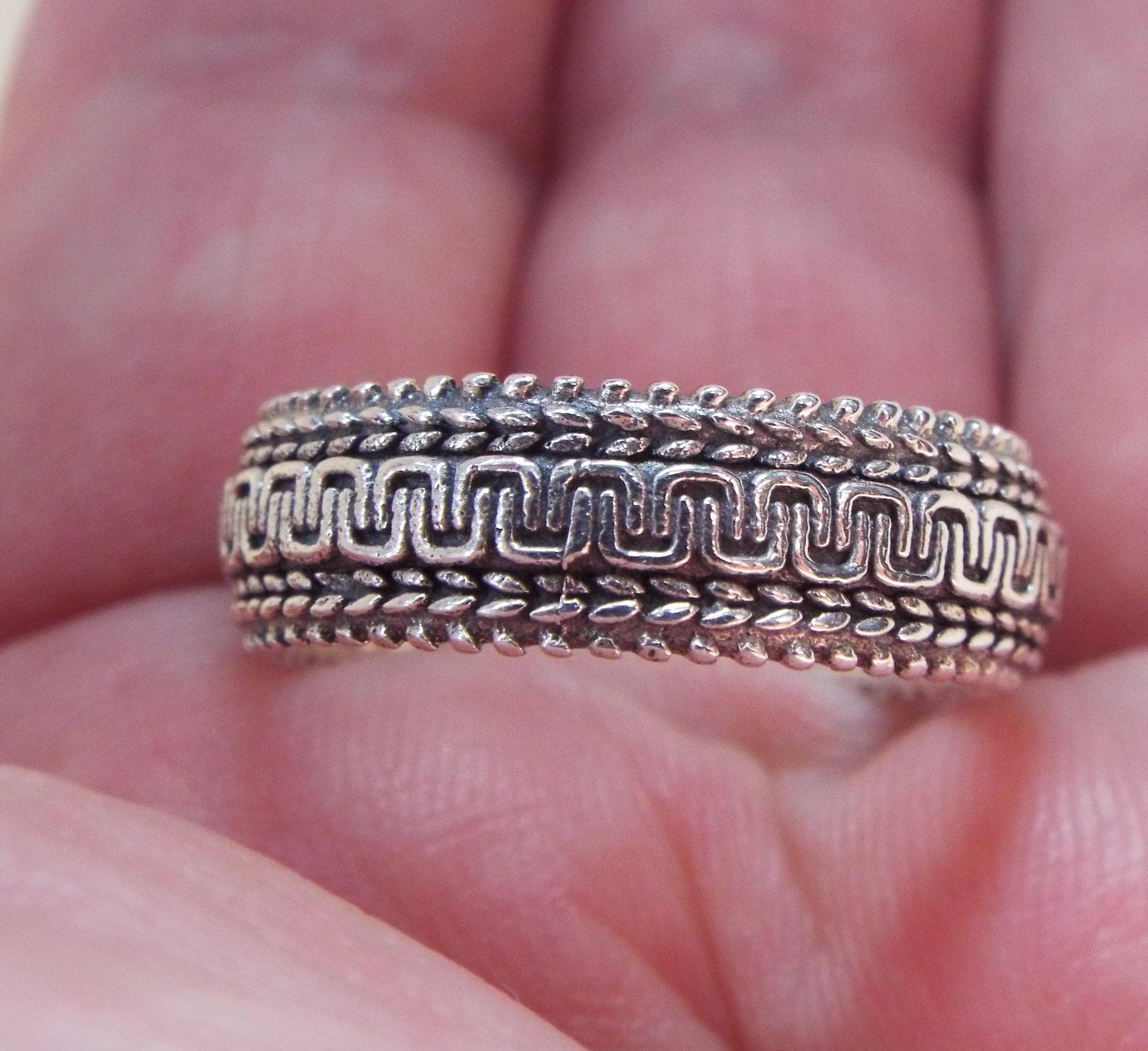 Clearance SALESolid 925 Sterling Silver Engraved Band Ring