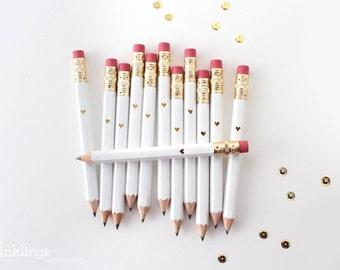 Une feuille blanche et or coeur Mini crayons / / crayons jeu nuptiale ou Shower de bébé, Mini crayons, Golf crayons, crayons, de mariage de douche faveur