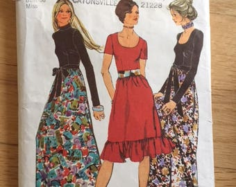 Vintage Simplicity 9602 Dress in Two Lengths size 38