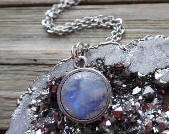 Moonstone Necklace, Moonstone Pendant, Silver Rainbow Moonstone Jewelry, Crystal Necklace, Bohemian Jewelry, Healing Stone, Gift for Her