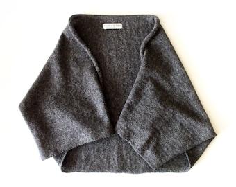Women's knitted lambswool cocoon cardigan/bolero/shrug/3/4 sleeves/gray/red/black