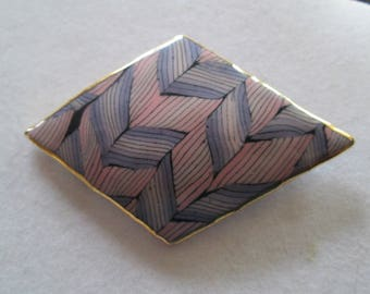 """Vintage Art Deco style geometric with leaf pattern design Brooch pin measures 1 1/2"""" x 2 1/2"""""""