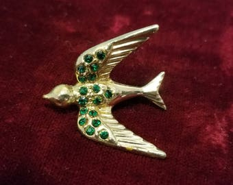 Beautiful, vintage 40's, novelty, bird brooch with bright green rhinestones!