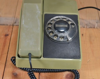 Working phone Rotary phone Retro phone Old rotary telephone Dial phone TA-700 made in Bulgaria  1983 working Green phone Resprom telephone