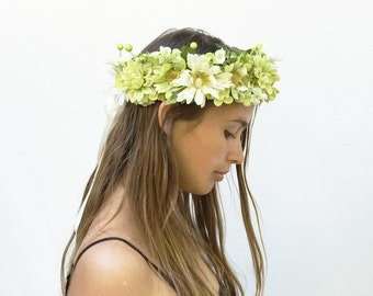 St. Patricks Day, Spring Green Flower Headpiece, Green Flower Crown, Costume, Flower Crown, Flower Headpiece, Greenery, Floral Crown, Boho