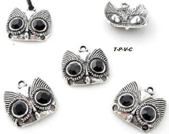 Metal pendant/in-between, owl with Rhinestone ± 19x21mm (eyes ± 2mm and 1, 5 mm)