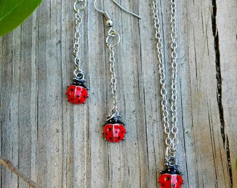 Ladybug necklace and earrings set, small life-like ladybug charms on dangle earrings and necklace, minimalist fashion