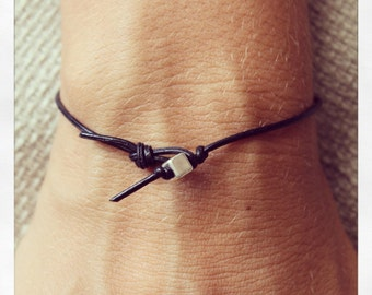 Bracelet Simple 01 Silver Leather Handmade - Black (B401SV-LBK)