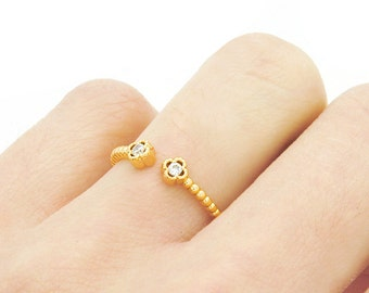 Gold Ring - Crystal Ring - Delicate Ring - Clover Ring - Stacking Ring