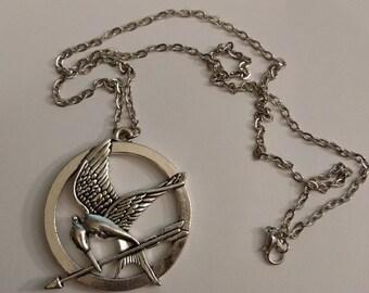 Large Silver Bird With Arrow Circular Necklace