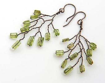 Green Twig Earrings, Peridot Dangle Earrings, Green Dangle Earrings, Green Branch Earrings, Woodland Wedding Jewelry, Christmas idea for her