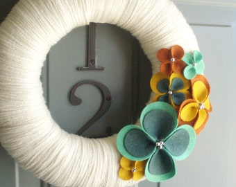 Yarn Wreath Felt Handmade Door Wall Decoration - Warm Up 12in