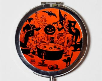Retro Halloween Compact Mirror - 1950s Bobbing Apples - Make Up Pocket Mirror for Cosmetics