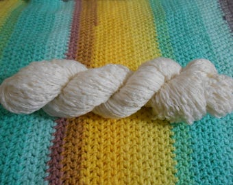 Cream - Acrylic/Wool Blend - 1266 yards - Worsted weight - Recycled, Reclaimed, Upcycled
