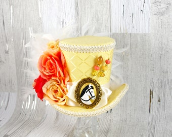 Kentucky Derby Yellow Cream and Peach Horse Cameo and Rose Large Mini Top Hat Fascinator, Alice in Wonderland Mad Hatter Tea Party Derby Hat