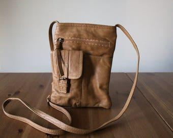 Vintage tan leather bag // small leather shoulder bag // leather purse //