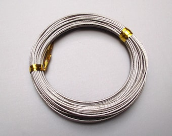 9 meters of cord gray antique silver 1 mm.