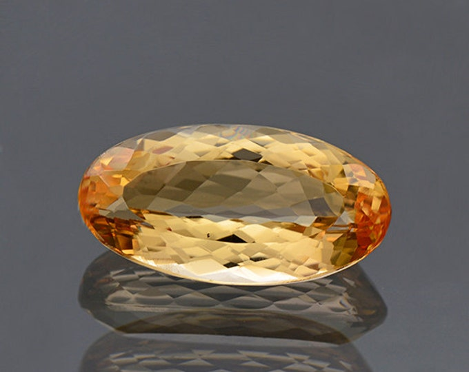 Pretty Orange Imperial Topaz Gemstone from Brazil 6.38 cts