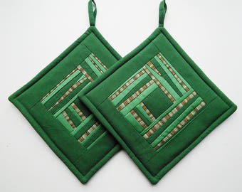 Green Quilted Pot Holders Quilted Potholders Quilted  Fabric Potholders Patchwork Potholders  Set of 2