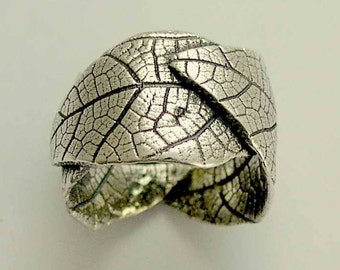 Leaf band, Sterling silver band, oxidized ring, botanical band,  wide band, leaves ring, nature ring, wedding band - falling leaves R1638