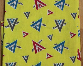 1940s Cotton Novelty Fabric V for Victory Teepees Quilting