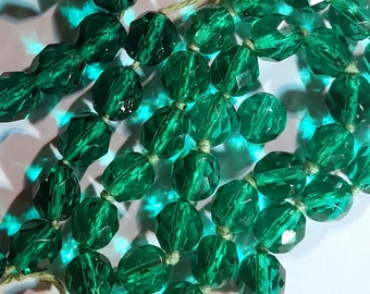 Vintage Emerald Green Multifaceted Glass Beads Knotted Necklace Piece