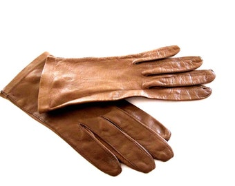Tan Leather Wrist Driving Gloves, Size 6 1/2, 1960s