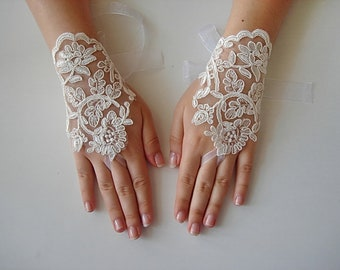 Sheer lace gloves, ivory fingerless gloves, lace wedding gloves, ivory wedding gloves, ivory bridal glove