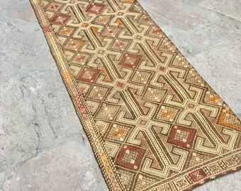 Old Turkish Kilim Embroidery Rug Runner /  2'5'' x 7'10'' ft  / 2.38 x 0.72 mt