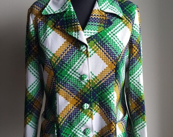 Vintage 1970s Abstract Western Plaid Blazer Style Top with Fabric Covered Buttons, Large Collar, Two Front Pockets and Tapered at the Sides
