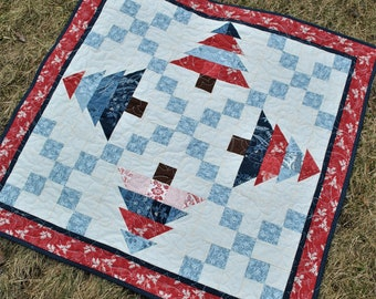 Quilt Pattern....Table Runner.....Charm Pack or Mini Charm Friendly....Making Memories
