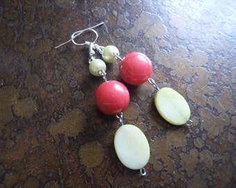 Orchard Glass Mother of Pearl and Pearl Beaded Dangle earrings
