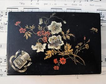 Antique French Paper Mache Lacquer Box Paris Fluctuat Nec Mergitur c.1900