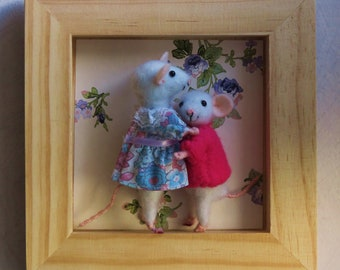 Mothers day; Big cuddly mouse stitched felted wool.