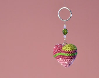 Handmade amigurumi heart key ring, personal accessory, excellent gift.