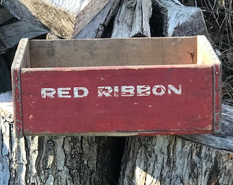 Red Ribbon Beverages - Natrona Heights Bottling Company - Vintage -  Wooden Shipping Crate -