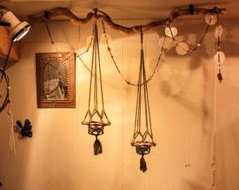 Hanging Tealight holder - Wood and Wool Lantern - Natural Chandelier - Handcrafted Macramé Candle