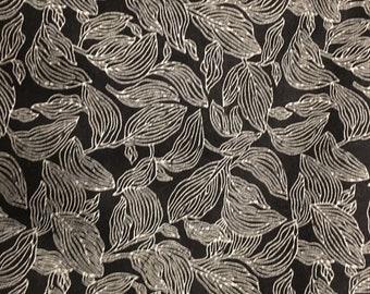 180514 Grey leaves on black