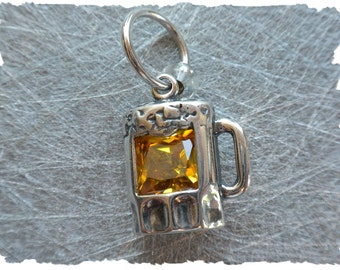 Beer Mug stitch marker / sterling silver / knitting marker / ring marker / round marker / pendant / knitting jewelry