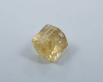 Imperial Topaz Crystal 8 mm x 7 mm 2040