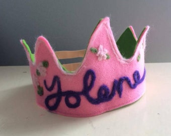 Wool felt crown - birthday crown -personalized - name -custom made - dress up - Waldorf - needle felted