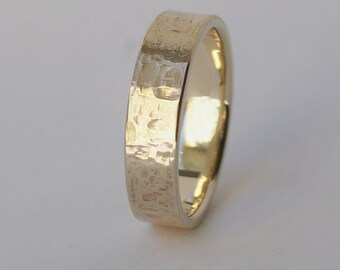 Rock Texture Ring in 9k Yellow Gold - Men's Hammered Yellow Gold Wedding Band