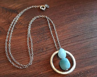 Silver circle necklace with turquoise aventurine gemstones