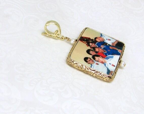 A Photo Pendant framed in a 14K Gold-filled Floral Frame - Large - FP1FGf