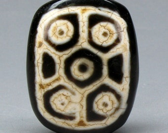 Old Rare Authentic 10-Eyed dzi bead, Dzi Tibet Feng Shui Bead, Tibetan agate, Tibetan jewelry, pendant, symbol of perfection in everything