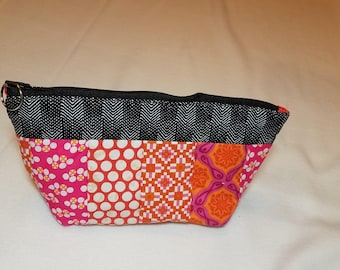 Orange and pink cosmetic bag, quilted bag with key ring, cosmetics bag, fabric bag, quilted bag, woman's bag,