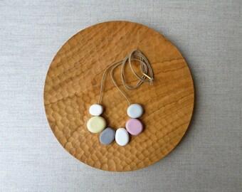Pebble Bead Necklace Last
