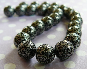 Vintage .. 8mm Speckled Silver and Black Czech Glass Beads