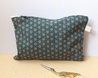 Clutch / hand sewn